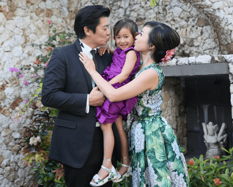 Carol Chung with husband and daughter