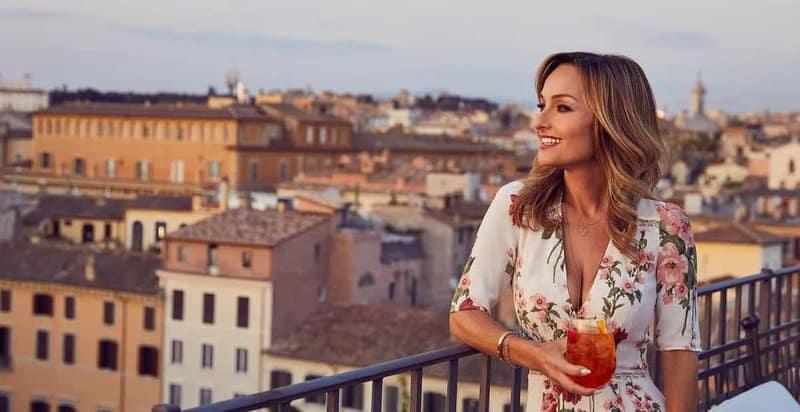 Giada de Laurentiis on balcony in Italy